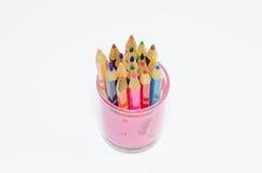 Colora lápis isolados no fim branco do fundo acima Fotografia de Stock
