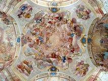 Colora a pintura, igreja Krtiny, república checa, Europa Foto de Stock