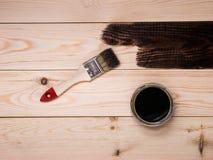 Coloración de la mancha de madera Imagen de archivo libre de regalías