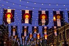 Colorado flaggor på den Larimer fyrkanten Denver Royaltyfri Bild