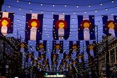 Colorado flaggor på den Larimer fyrkanten Denver Fotografering för Bildbyråer