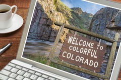 Colorado welcome sign on laptop Stock Images