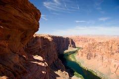 Coloradofloden på Glen Canyon, nära sidan, Arizona Arkivbild