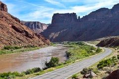 Coloradofloden på Moab, Utah, USA Arkivbild