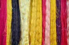 Colorant coloré de soies de fil de couleur naturelle Image libre de droits