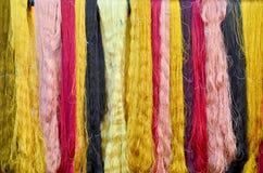 Colorant coloré de soies de fil de couleur naturelle Photo stock