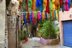 Colorant de textiles coloré typique Image stock