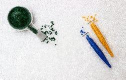 Colorant polymère Colorant pour des plastiques Colorant dans les granules Photos libres de droits