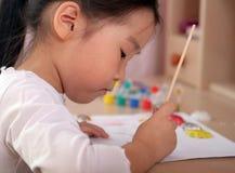 Colorante del niño fotografía de archivo