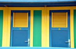 Colorato vestire le cabine Fotografia Stock