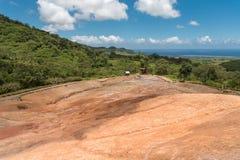 23 coloreó la tierra en DES Couleurs de Vallee en Mauricio Parque nacional Foto de archivo libre de regalías