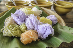 Colore dei vermicelli del riso immagine stock