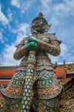 Colore del cielo blu della Tailandia del gigante Immagine Stock