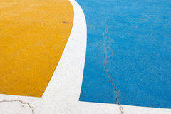 Colore e reticolo su terra futsal - 2 Immagini Stock