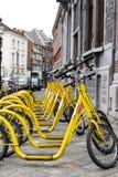 colore giallo dei autopeds fotografia stock libera da diritti