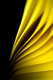 Colore giallo su priorità bassa nera Immagini Stock