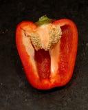 colore rosso del pepe del taglio del segnalatore acustico Fotografie Stock Libere da Diritti