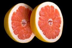 colore rosso diviso in due pompelmo immagine stock libera da diritti