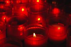 Colore rosso e fuoco votive Fotografia Stock Libera da Diritti