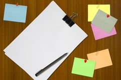 Colored memo and white blank note paper Royalty Free Stock Photography
