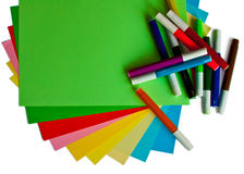Colored papers and markers Royalty Free Stock Photography