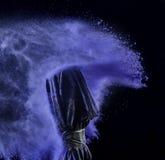 Coloree el polvo estallado, aislado en el ambiente del control Imagen de archivo libre de regalías