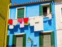 Coloree las casas en la isla de Burano, Venecia, Italia fotos de archivo libres de regalías