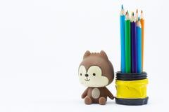 Coloree los lápices aislados en el cierre blanco del fondo para arriba Foto de archivo libre de regalías