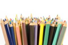 Coloree los lápices, cierre para arriba, aislados en el fondo blanco Foto de archivo libre de regalías