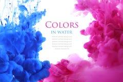 Colores de acrílico en agua abstraiga el fondo