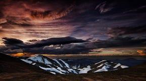 Colores de la puesta del sol fotos de archivo