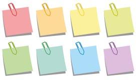 Colores de las libretas de los clips de papel stock de ilustración