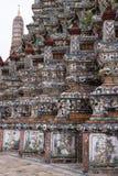 Colores de Wat Arun 1 en Bankok Imagen de archivo