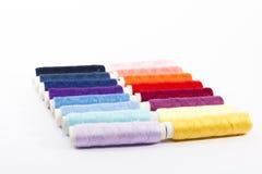 Colores del hilo de coser Imagen de archivo