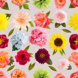 Colores en colores pastel del modelo inconsútil de la flor de papel de crespón imagen de archivo