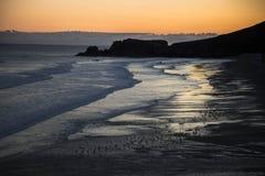 Colores y salida del sol en Asturias España Imagen de archivo libre de regalías