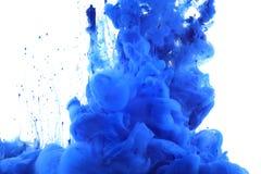 Colores y tinta en agua fotografía de archivo