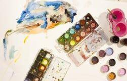 Colorez le crayon, peinture, faite main au travail Image stock