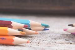 Colorez le vieux rétro vintage de crayons Image libre de droits
