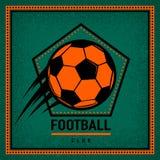 Colorez le vintage et le rétro insigne de logo, calibre de club du football de label avec du ballon de football de vol illustration stock