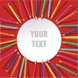 Colorez les crayons avec le cadre rond sur le fond rouge Photo libre de droits
