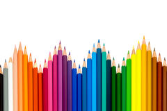 Colorez les crayons sur le fond blanc avec le chemin de coupure Images stock