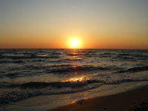 Colorful dawn over the sea Royalty Free Stock Photos