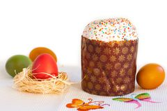 Colorful easter eggs with kulich Stock Photography