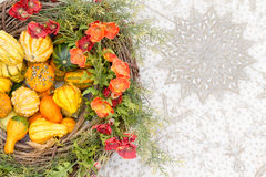 Free Colorful Fall Centerpiece With Gourds And Flowers Royalty Free Stock Photography - 79140487