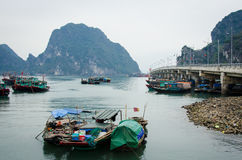 Colorful fishing boats in Halong Bay, Vietnam Royalty Free Stock Photos