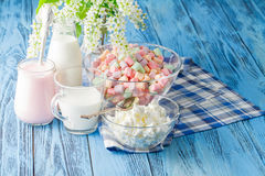Colorful marshmallows in a glass jar Royalty Free Stock Photo