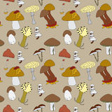 Colorful mushrooms seamless pattern Royalty Free Stock Photos