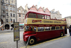 Vintage sightseeing bus in Edinburgh. Royalty Free Stock Photos