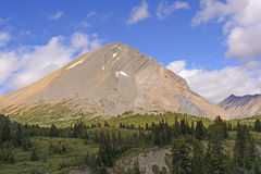 Colorful Peak in the Wilds Royalty Free Stock Photos
